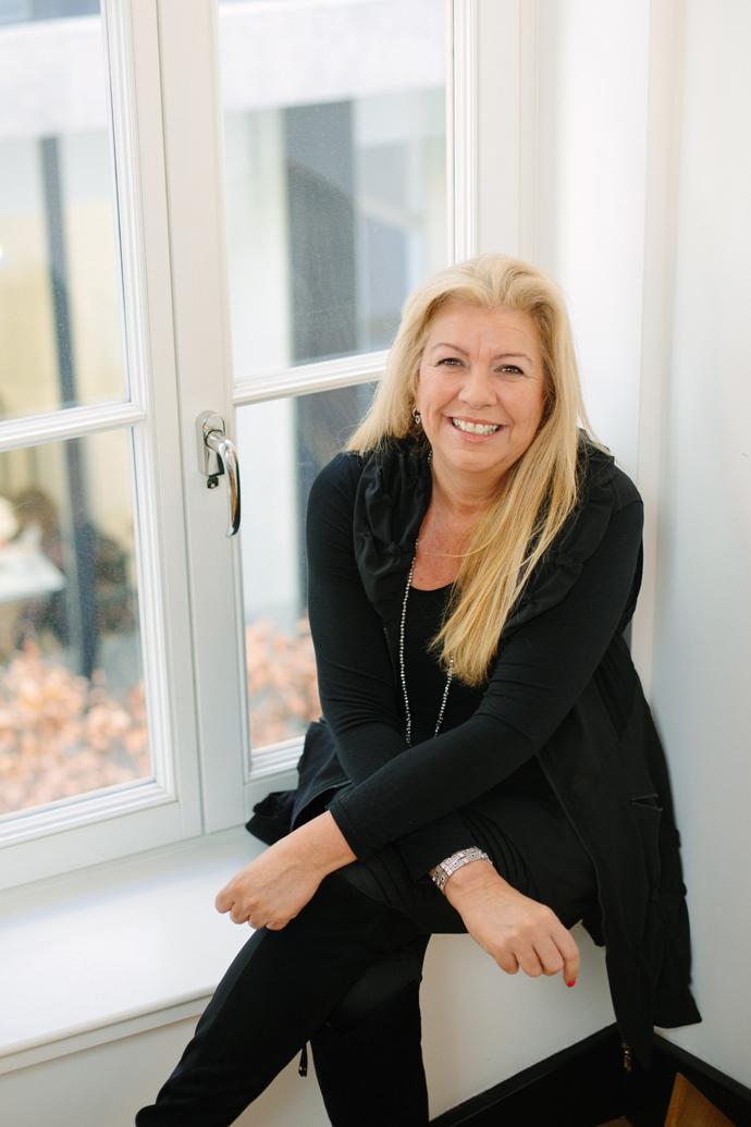 Ilona Hix